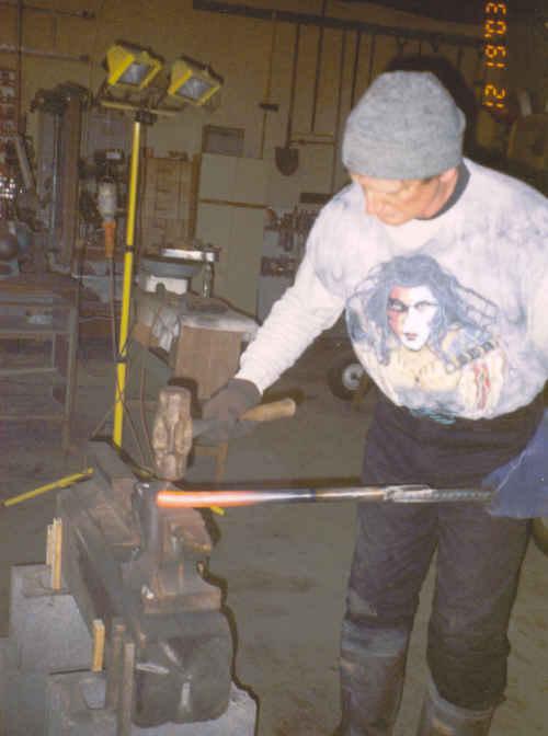 hammer01.jpg