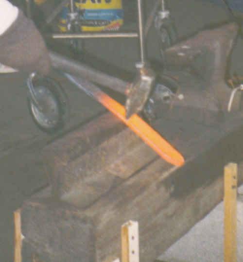 hammer02.jpg