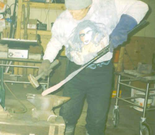 hammer04.jpg